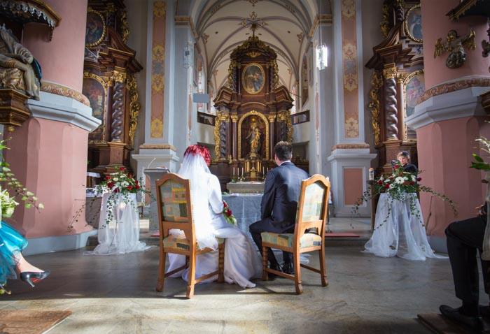 Hochzeitsbilder während der Trauung